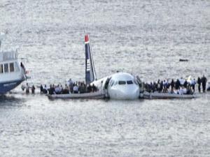 Нью-йоркское чудо: молитва помогла 155 пассажирам самолета спастись при аварийной посадке