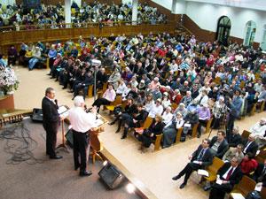 Лидерство – основная тема третьего дня конференции, проходящей в эти дни  в ц. «Благодать».