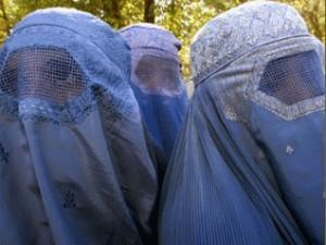 Новый афганский закон еще больше ограничил женщин в правах