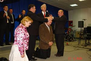 17 мая 2009 года, во время вечернего богослужения, в общине «Слово Надежды» г. Бобруйска состоялось знаменательное и весьма значимое для всей Объединенной Церкви ХВЕ событие.