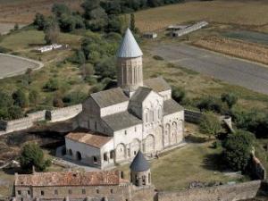 Грузинские заключенные смогут отбывать наказание в монастырях