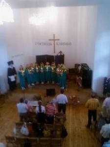 23 мая молодежь Гродненской области собралась в одной из поместных церквей (г.Березовка) для того, чтобы вместе отметить праздник Пятидесятницы