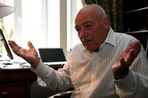 Познер считает принятие православия одной из величайших трагедий России