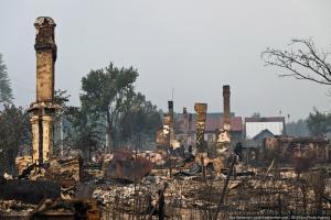 Пожар уничтожил деревню в Подмосковье, дома христиан целы