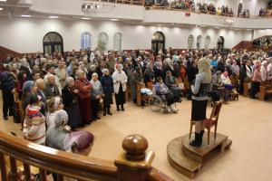 В воскресном служении участвовали люди с ограниченными возможностями