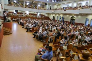 Выпускники воскресной школы поучаствовали в служении