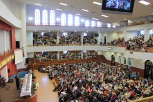 32 человека заключили завет с Богом в церкви