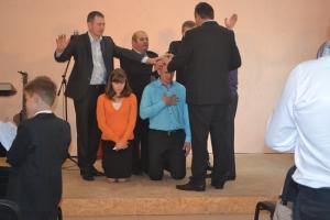 Рукоположение пастора в Паричах