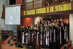 Сводный симфонический оркестр церквей ХВЕ Беларуси и хор послужили в минской