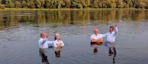 В церкви Светлогорска прошло водное крещение