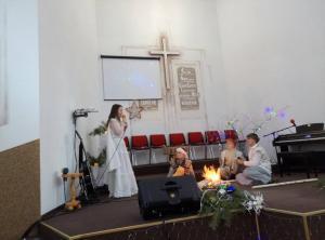 Церковь ХВЕ г.Березовка провела рождественскую постановку