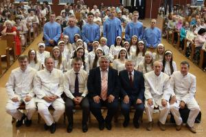 Водное крещение в церкви «Благодать»: 25 человек заключили завет с Богом